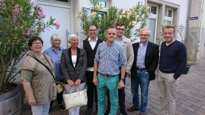 FDP Heppenheim wählt neuen Vorstand: V.l.n.r: Rosemarie Cohausz, Winifred Hörst, Kirsten Köhler, Jens Becker, Vorsitzender Oliver Wilkening, Lennart an de Meulen, Werner Krauß, Christopher Hörst.